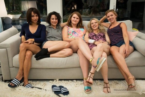 Rough Night - Behind the scenes photo of Zoë Kravitz, Ilana Glazer, Jillian Bell, Kate McKinnon & Scarlett Johansson