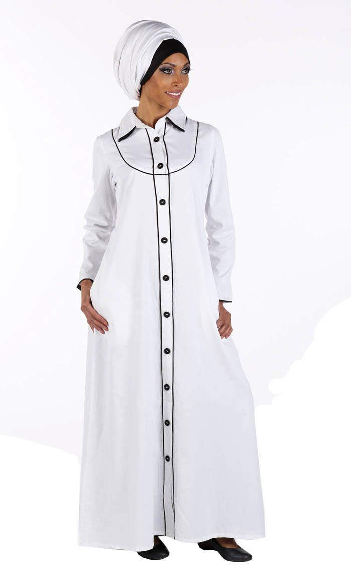 This exquisite easy to wear Abaya is perfect for every day wear and great for Hajj! Open Buttons going down center and two side pockets. Black piping around the collar, cuffs, neck line and bottoms from top to bottom. Easy to take care of and perfect for any season and weather! Fabric: 100% Cotton twill