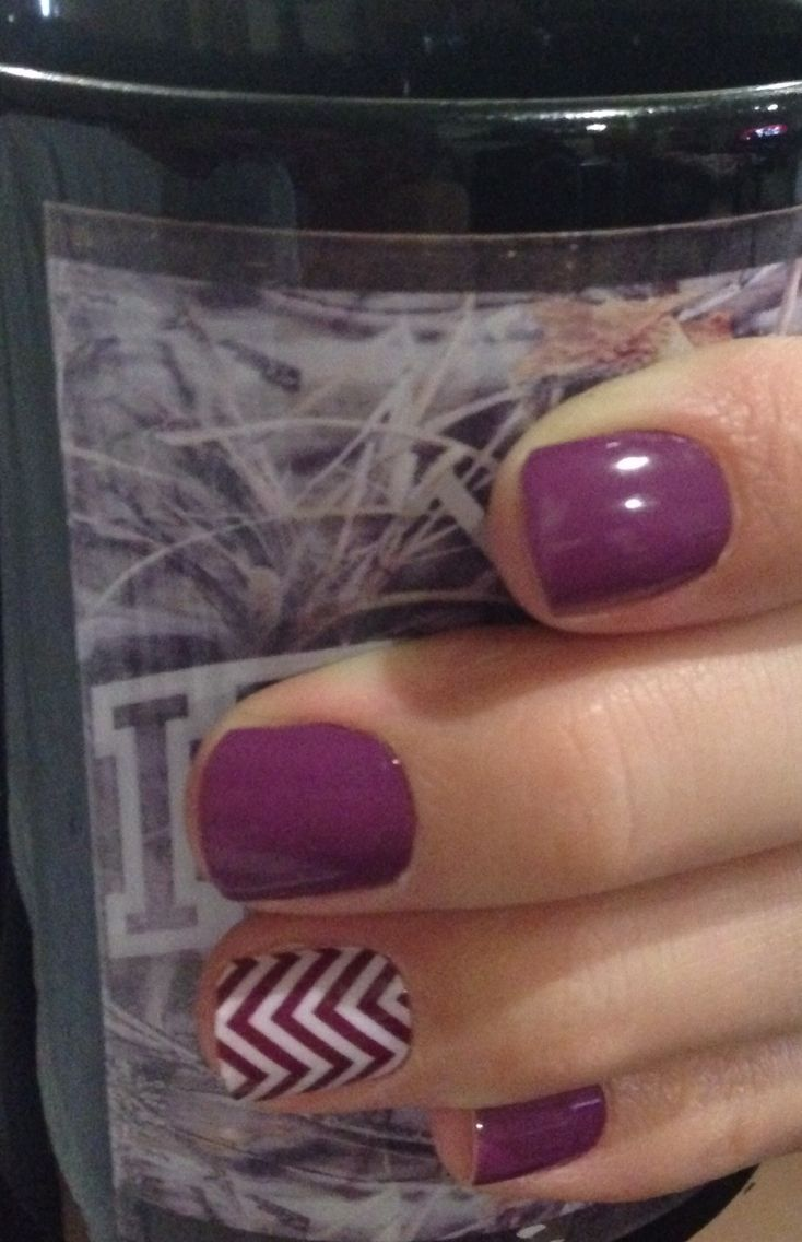 Jamberry nails. Purple nails. Boysenberry with Boysenberry Chevron Kaecie.jamberrynails.net