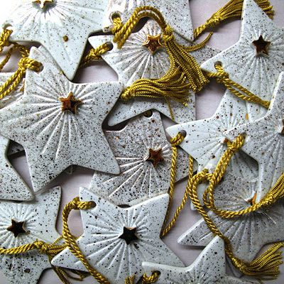 """Christmas Stars of Pottery :: No """"splatter paint"""" for me, but love the shape & rays from smaller star idea!"""