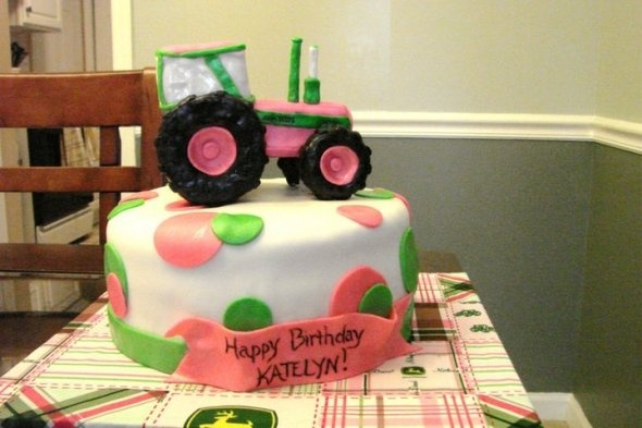 This is cute cake for special birthday girl in aug, who turns big 4. she loves big green tractors...