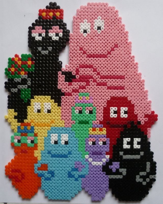 Barbapapa, Barbamama and the Barbababies made with Hama beads... I remember these books!