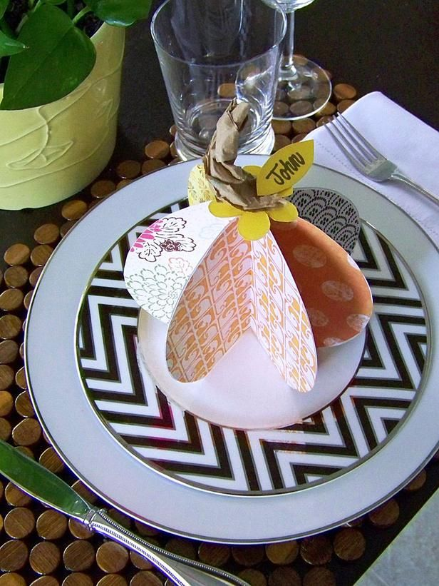 Paper Pumpkin Place Cards : Decorating : Home & Garden Television