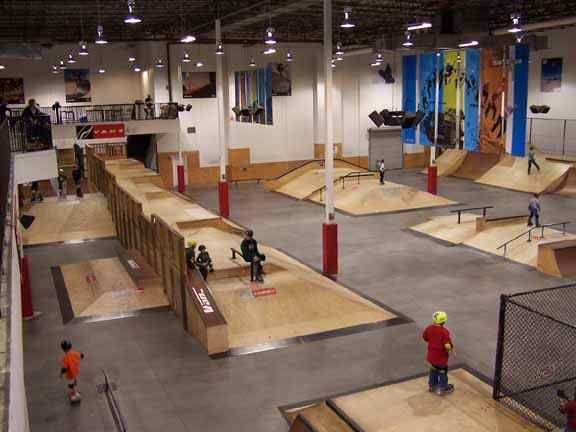 R08-D11-Vans-Skate-Park.jpg (576×432)