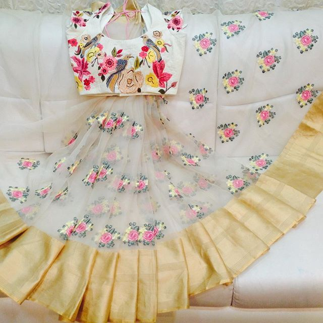 My favourite sarees!! Would love to get dressed up in off whites!! Orders/enquiries:8142029190 9949047889