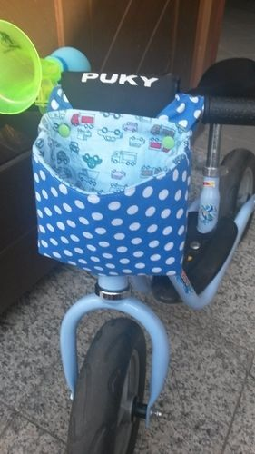 Einfache Lenkertasche für das Puky-Laufrad. Mein Kleiner sammelt damit immer Blümchen und Steine und transportiert Sandförmchen oder Auto...