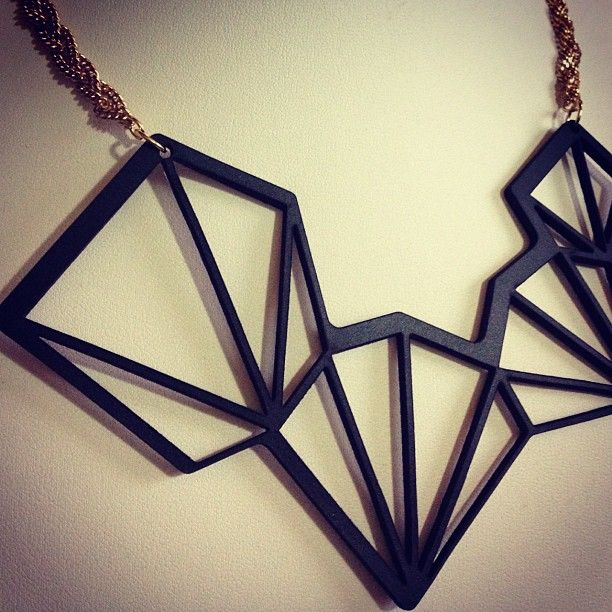 Geometric necklace in black 3mm leather and gold chain by AnitaMontiel