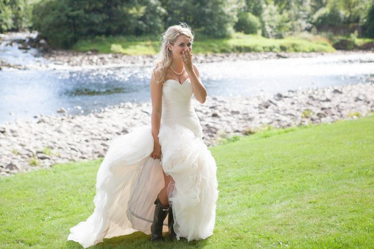 Beautiful Bride in her Hunter Wellies at The Lodge #weddings #banchorylodge #bride #ceremony #weddingdress