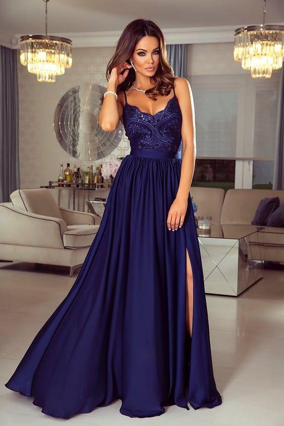 b100f9ec43ef Nádherné tmavomodré šaty Bella na tenké ramienka. Šaty na ples ...