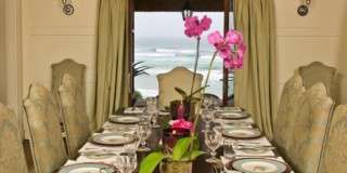 http://www.south-african-hotels.com/hotels/pezula-resort-hotel-and-spa-knysna/