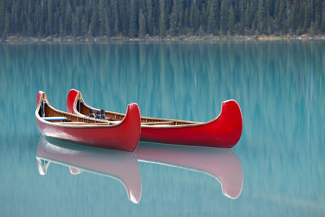 Voyager Canoe - Canadiana Activity on a Glacial Lake