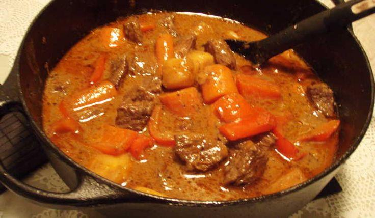 En mustig nötköttsgryta som passar utmärkt i höstrusket!