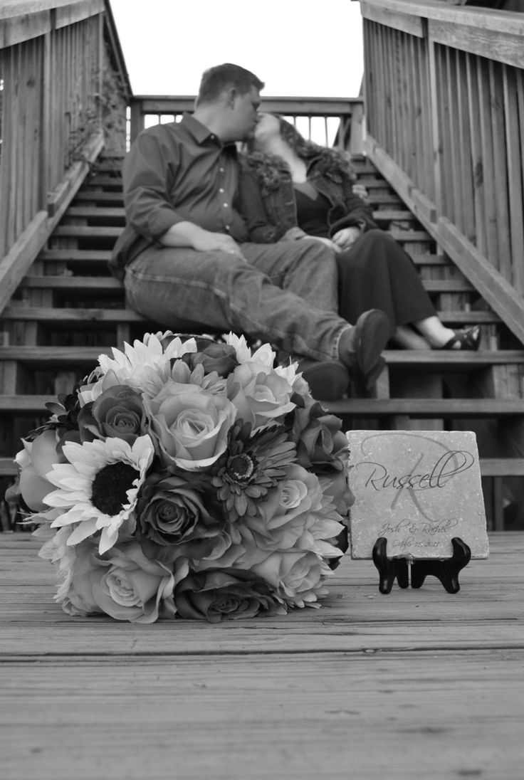 Engagement/Anniversary Picture ideas