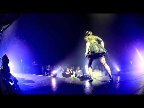 Caravan Palace - Clash [LIVE @LE TRIANON] - YouTube ▓▒░ AMAZING PERFORMANCE, ZOE COLOTIS IS A GREAT DANCER, THE BAND SURE IS HAVING FUN... ALSO, LIVE VERSION IS REWARDINGLY DIFFERENT FROM THE ALBUM VERSION ░▒▓