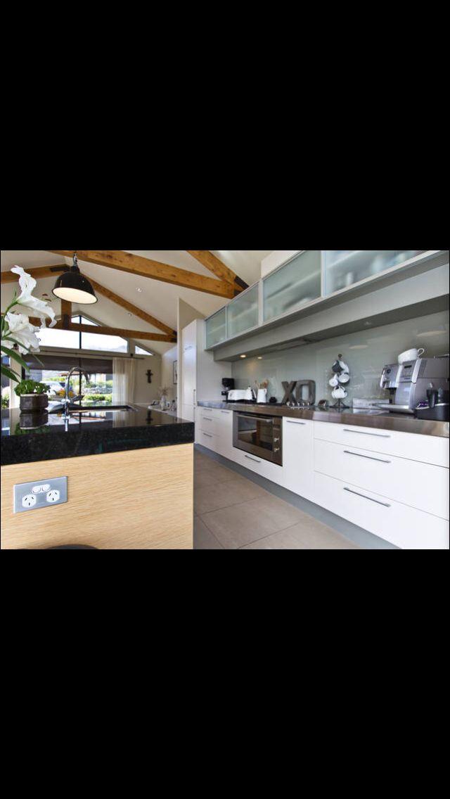 http://www.airbnb.co.nz/3979832 Jacks Point, Queenstown