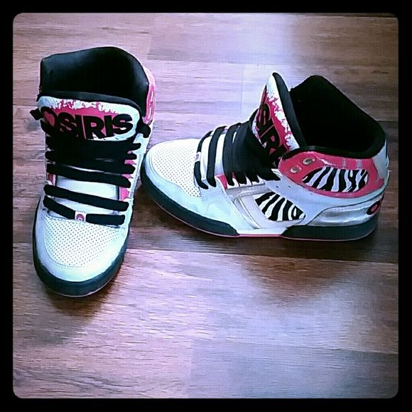 Basically Brand new Osiris Only worn twice pink black and white zebra printed Osiris skate shoes. size 7.5 osiris Shoes Sneakers