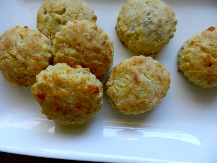 Cheese biscuits, Blue cheese and Biscuits on Pinterest
