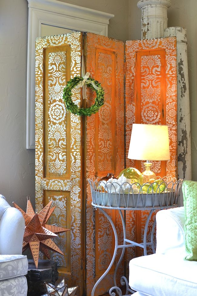 Stenciling with metallic paints stenciled screen with modern masters metallic paint and metal effects rust finish and elegant lace stencils