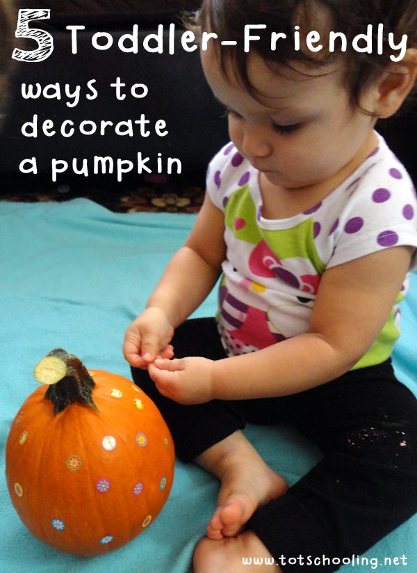 Easy ways for toddlers and preschoolers to decorate a pumpkin, including stickers, painting and more. Great activity for the Fall or Halloween.