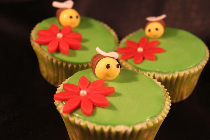 bijen cupcakes