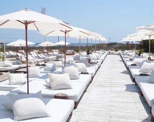 Nikki Beach – St. Tropez, summer destination, all white, basic, summer vacation, vacation, beach, pool, party