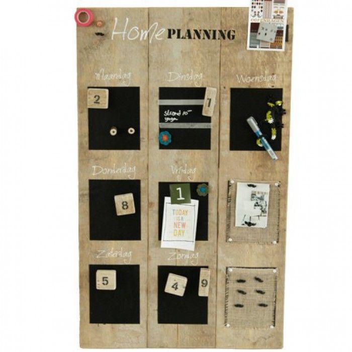 Weekplanner van steigerhout! Maak er een leuke planner van door je week uit te schrijven en te voorzien van informatie, foto's, papiertjes die tevens met magneten vast te maken zijn.
