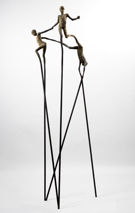 Jesus Curia. Escultura en bronce y hierro. En la galeria El Quatre