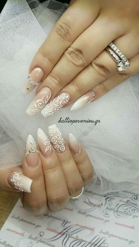 #bridalday #bridalnails #bridetobe #handmadenailart #handmaderoses #gelroses
