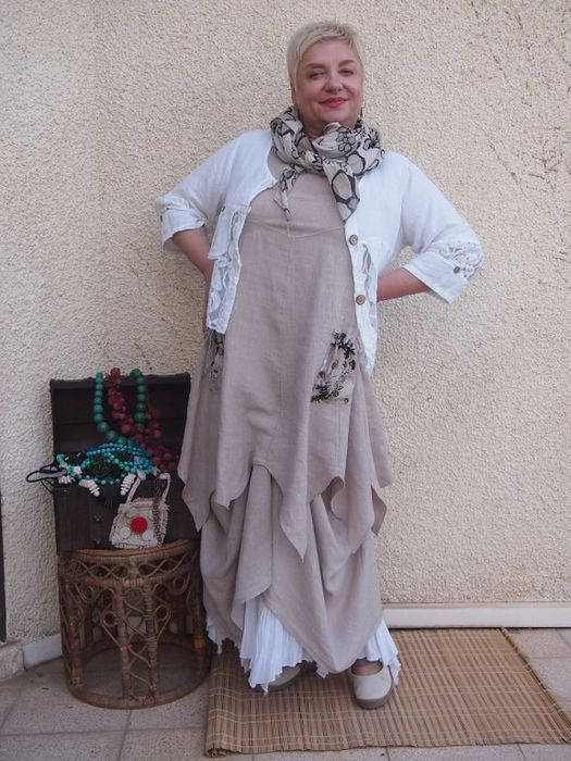 HANDKERCHIEF HEM TUNIC WITH WHITE SLIP AND WHITE JACKET