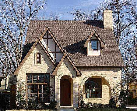 17 of 2017 39 s best tudor house exterior ideas on pinterest for English tudor cottage house plans