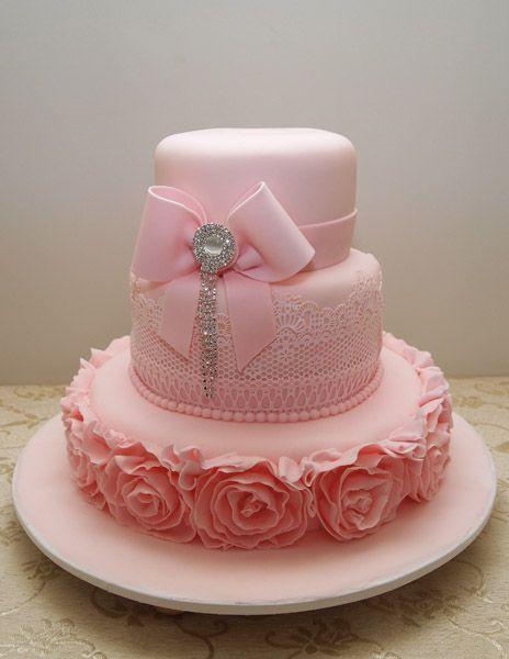 праздничный эксклюзивный торт для девушки на день рождения 8690