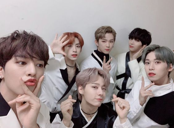 Pin By Hikmah Pratiwi On Oneus In 2020 Korean Pop Kpop Groups Kpop
