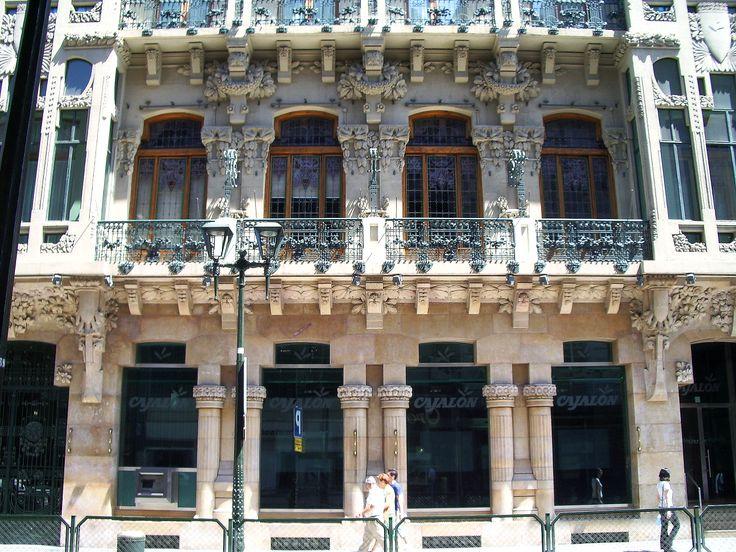 Detalle_de_la_fachada_del_Casino_mercantil_(Zaragoza).jpg (2560×1920)