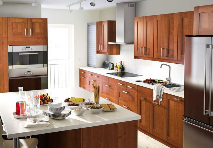 Clean lines and understated elegance with the ADEL kitchen.