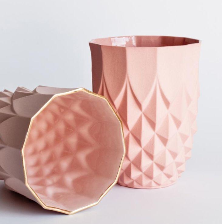 Lovely little ceramic pineapple vase from designer lenneke - Ceramica decoracion ...