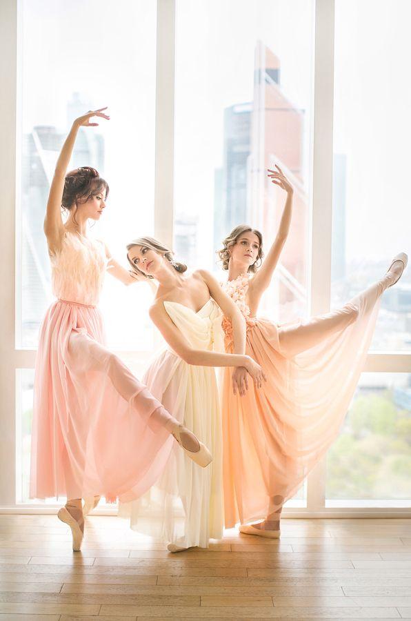Ethereal Ballet Wedding Inspiration | an awesome ballet wedding dress | Beautiful russian ballerinas | балерины | балет | свадьба http://svetamart.ru/blog/2015/03/18/ballet/