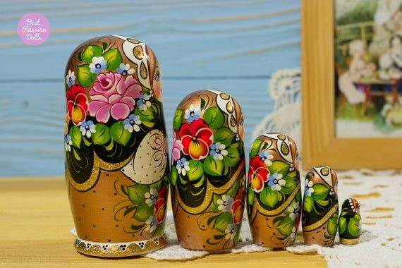 Handpainted babushka, Cute gift for girlfriend, Russian matryoshka, Gift idea for her, Wooden nestin