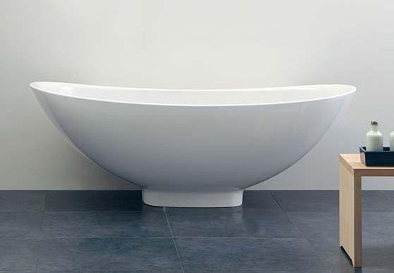 Vasca da bagno in Pietraluce® #Napoli #Pozzuoli #Campania #Italia #bagno #ristrutturazioni #madeinitaly #architetti #home #igienici Per info spedizioni #preventivi #gratis contattateci!!!