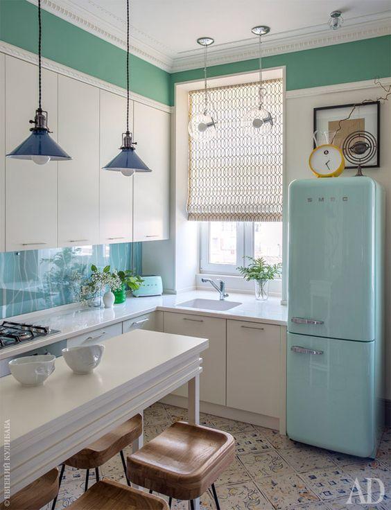 Hoy toca un post de ideas para barras de desayuno (o comida) especial cocinas pequeñas.