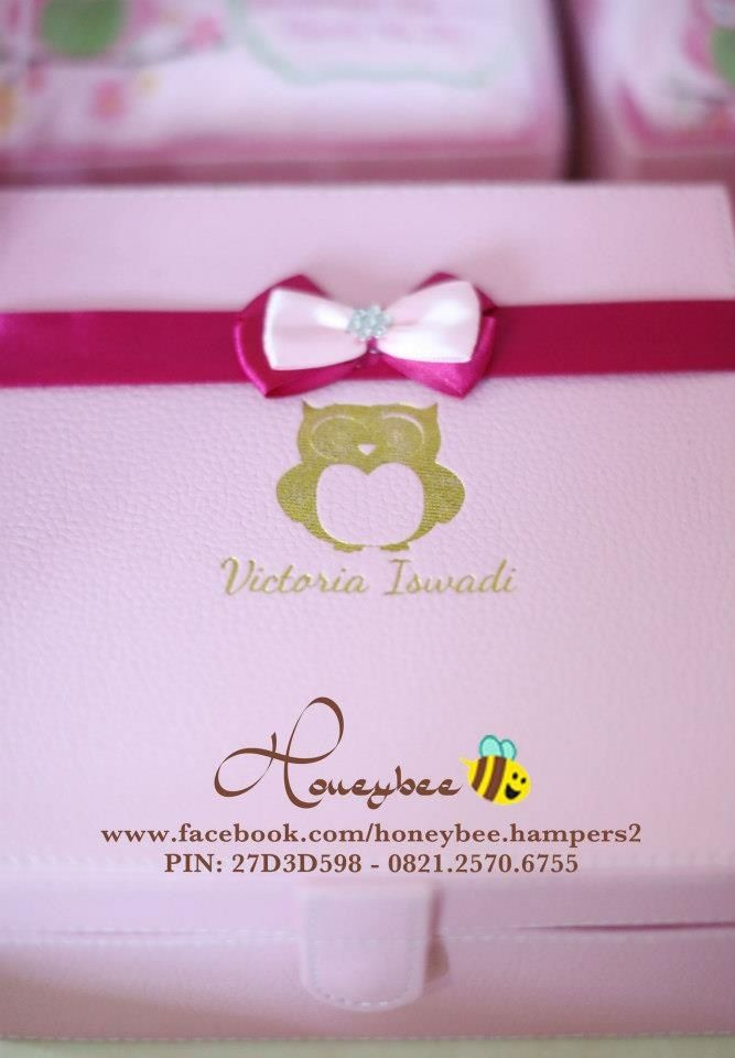 Embossed pink leather box
