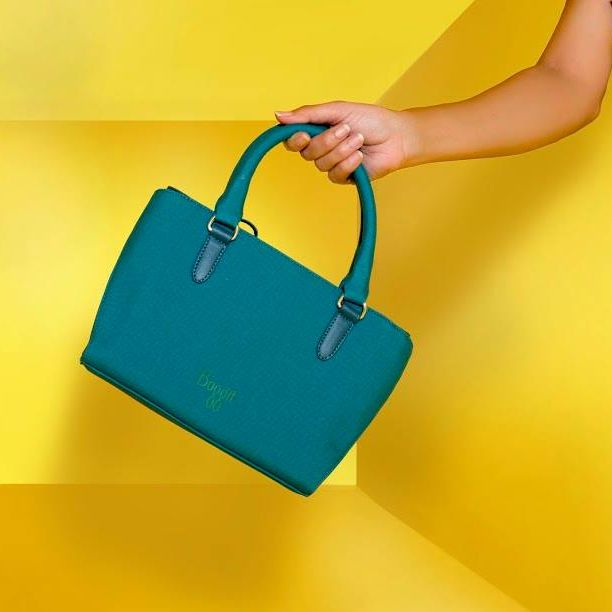 A bright #handcarry bag is exactly what you need when you decide to take a short trip to the mall. Hold this on your wrist or clench it in your palm to brighten up your day. This #handcarry bag is available at any Exclusive Baggit Outlets and at www.baggit.com.