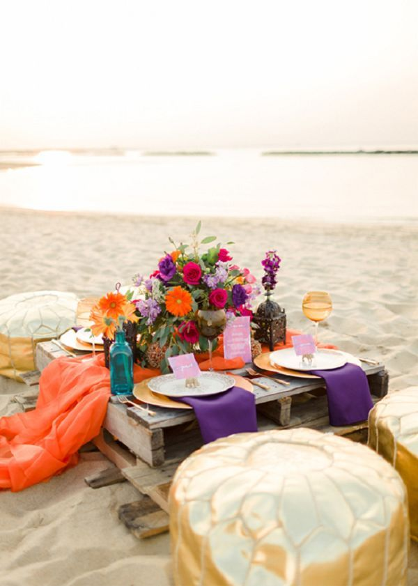 rustic beach wedding pallet table - Deer Pearl Flowers