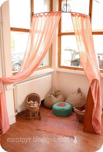 corner canopy