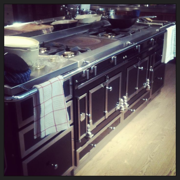 featuring the la cornue ch teau 150 cooker this stove is. Black Bedroom Furniture Sets. Home Design Ideas