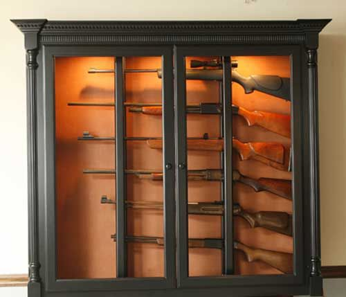 Locally Amish Custom Made Gun Safe Cabinet Black Painted Wall Mount For 6  Guns.