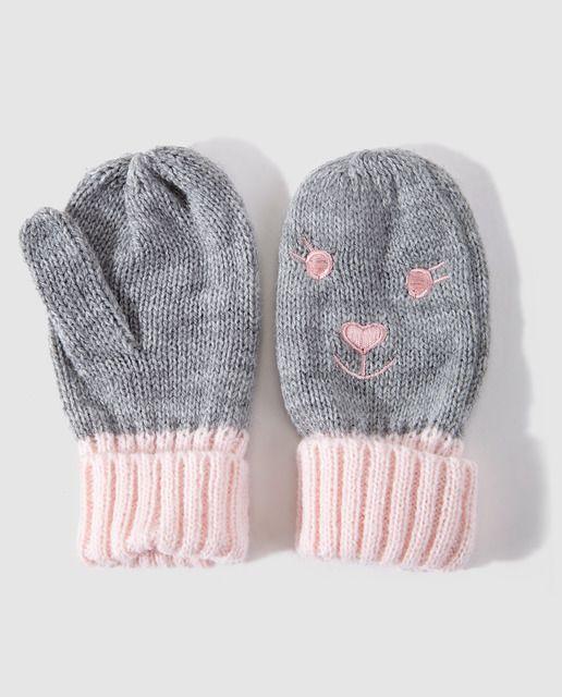 Manoplas de bebé niña Freestyle con carita de conejo gris y rosa 6f6e32fd45a