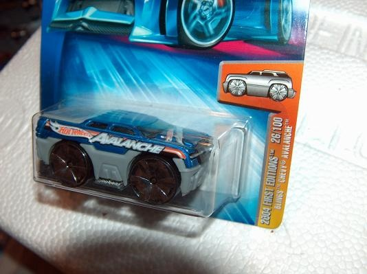 """Hot Wheels 2004 1st Editions Blings """"Chevy Avalanche"""""""