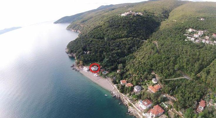 Apartments Sveti Ivan nabízí ubytování s bezplatným Wi-Fi v obci Mošćenička Draga, 13 km od Opatije.