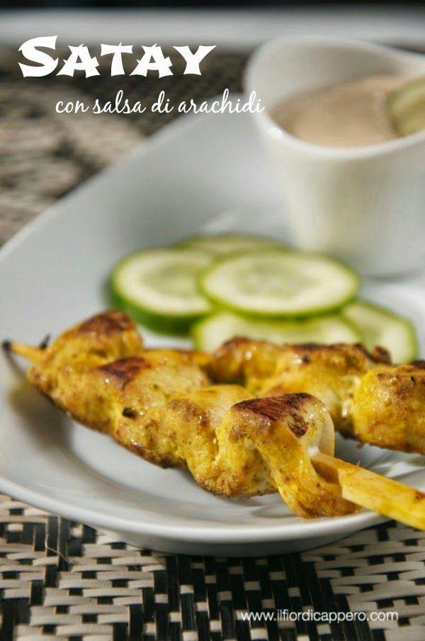 Satay di pollo con salsa di arachidi