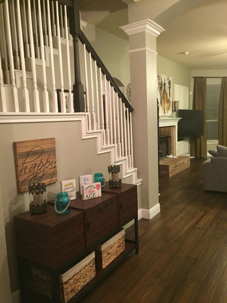 Analytical Grey Walls By Sherwin Williams With Mannington